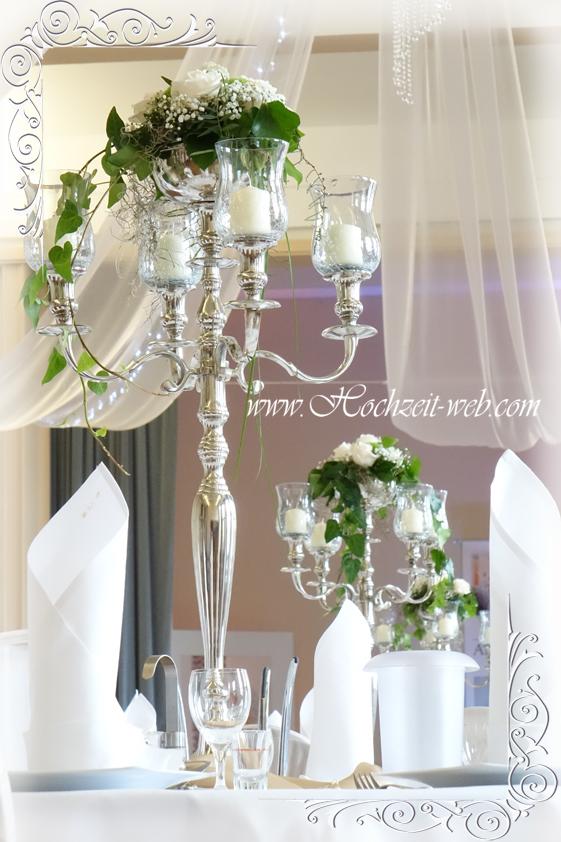 Tischdeko mit Kerzenleuchter, Kerzenständer