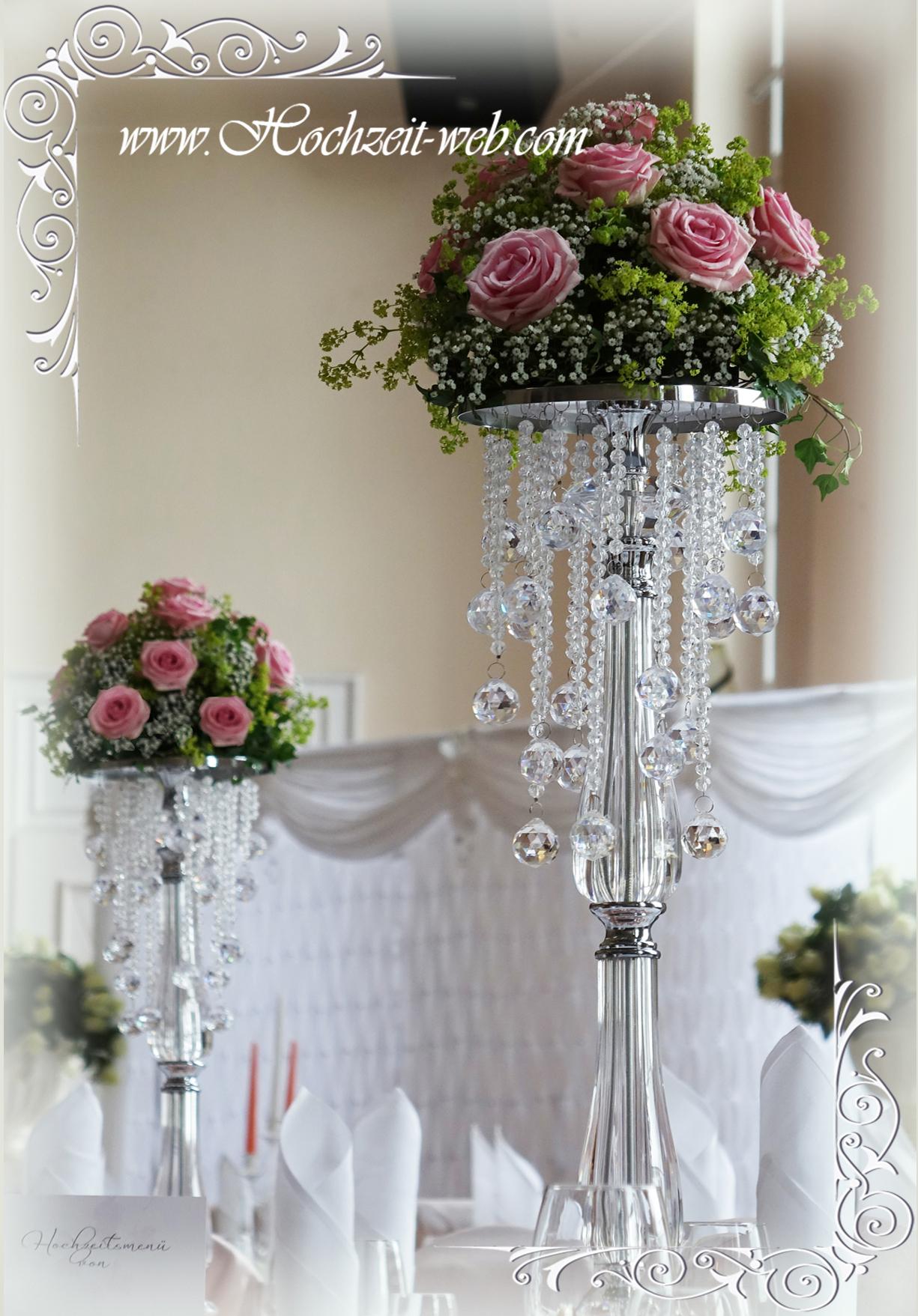 Besondere hochzeitsdeko mit kristallst nder f r glamour se for Hochzeitstafel deko