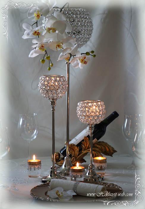 Besondere hochzeitsdeko mit kristallst nder f r glamour se for Besondere dekoartikel